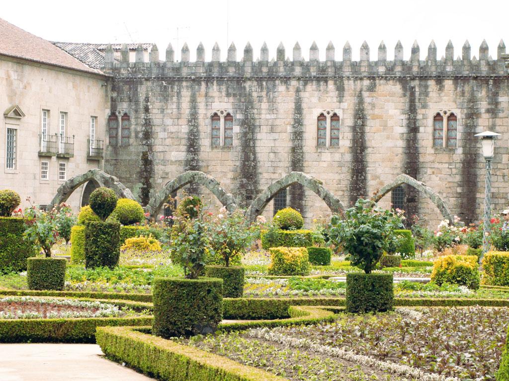Barcelo jardines