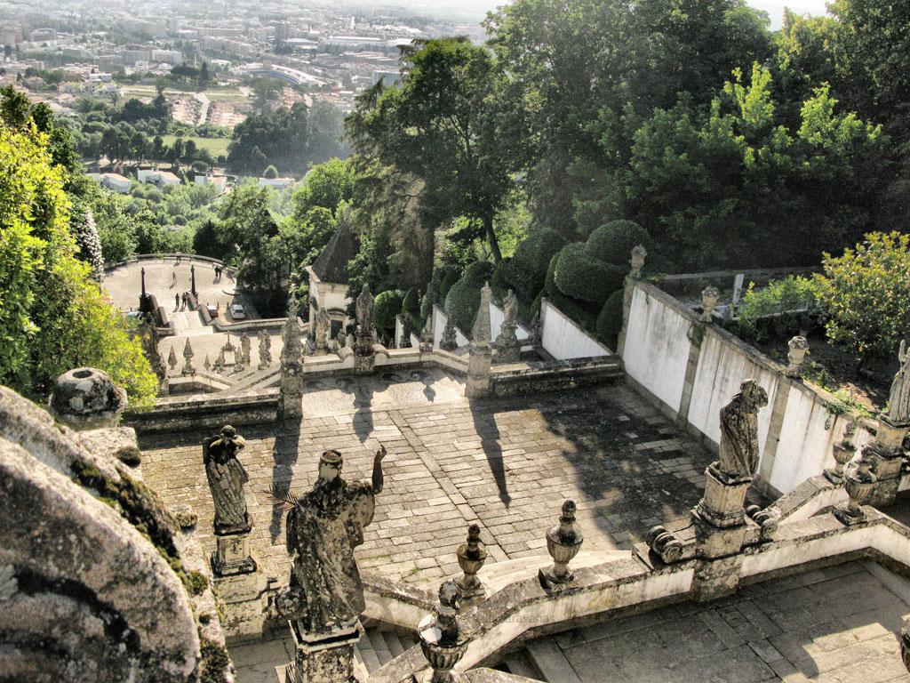 Braga Bon Jesús escalinata