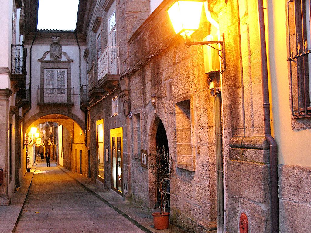 Braga zona vieja noche
