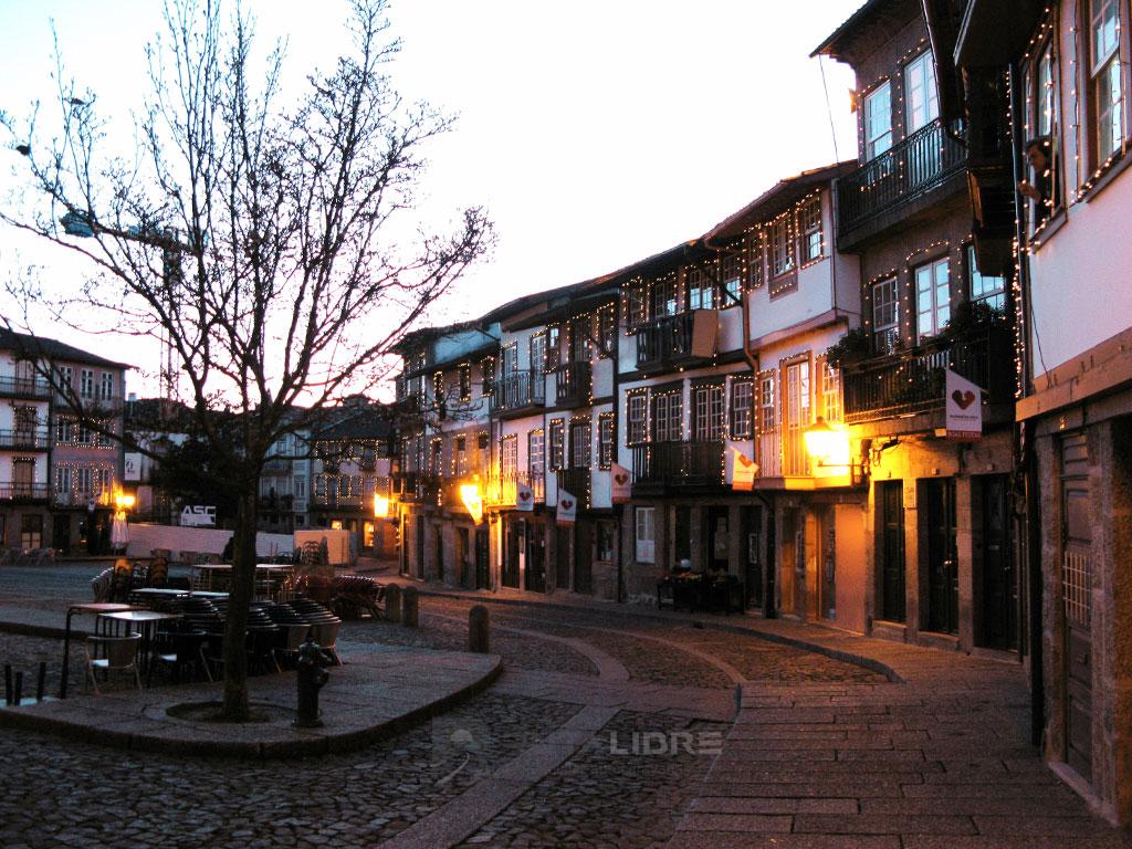 Braga zona vieja plaza noche