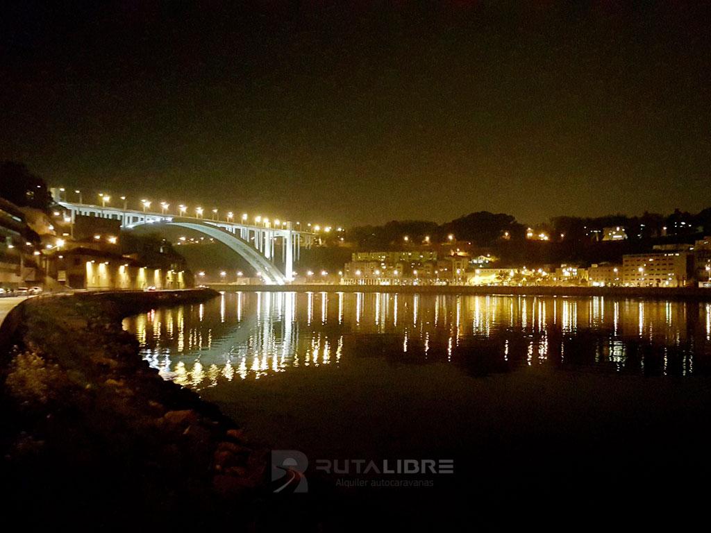 Porto Riveira noche