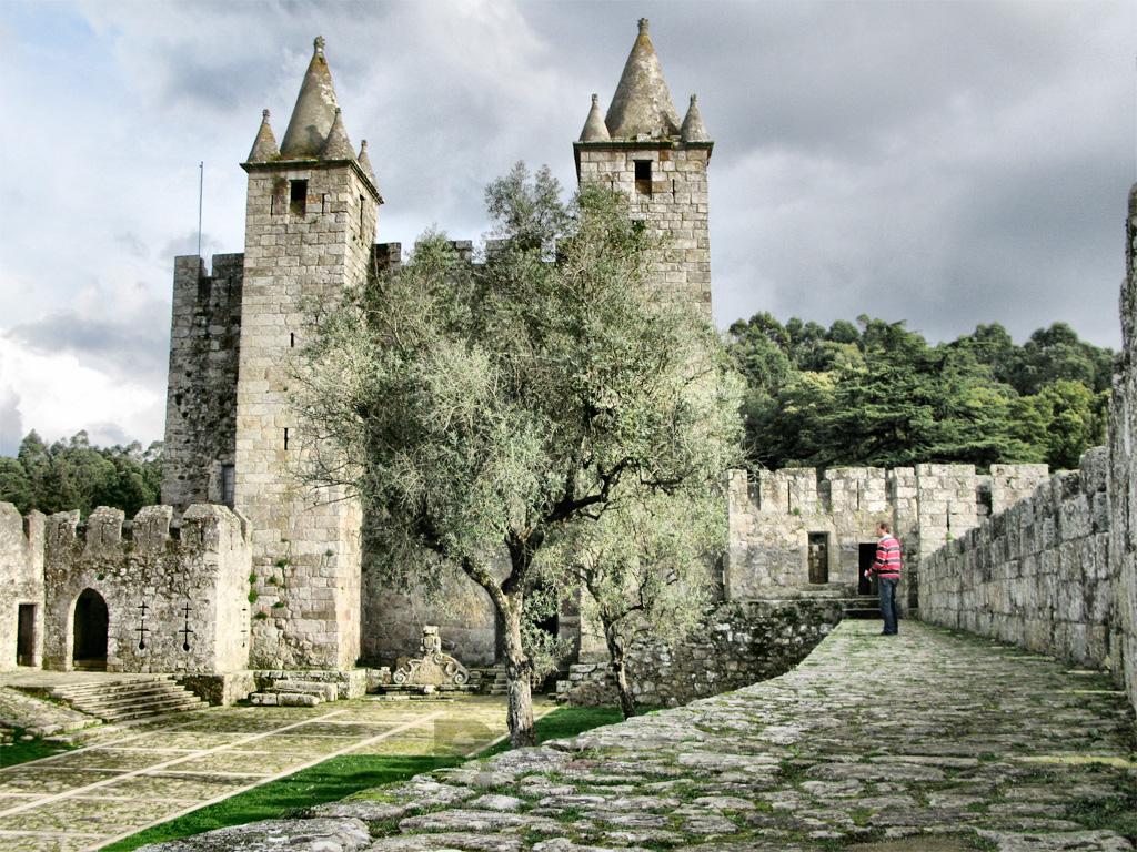 Castillo Santa María da Feira Interior Fortaleza